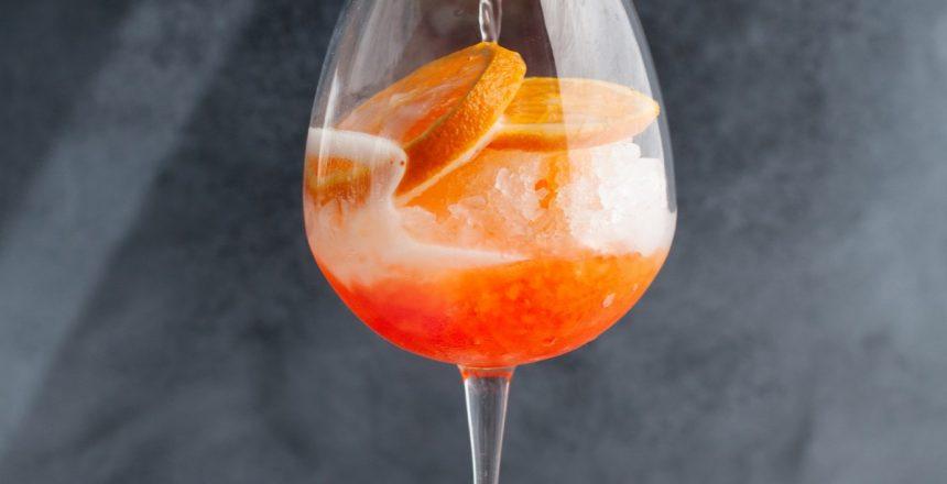hvordan laver man en aperol spritz drink